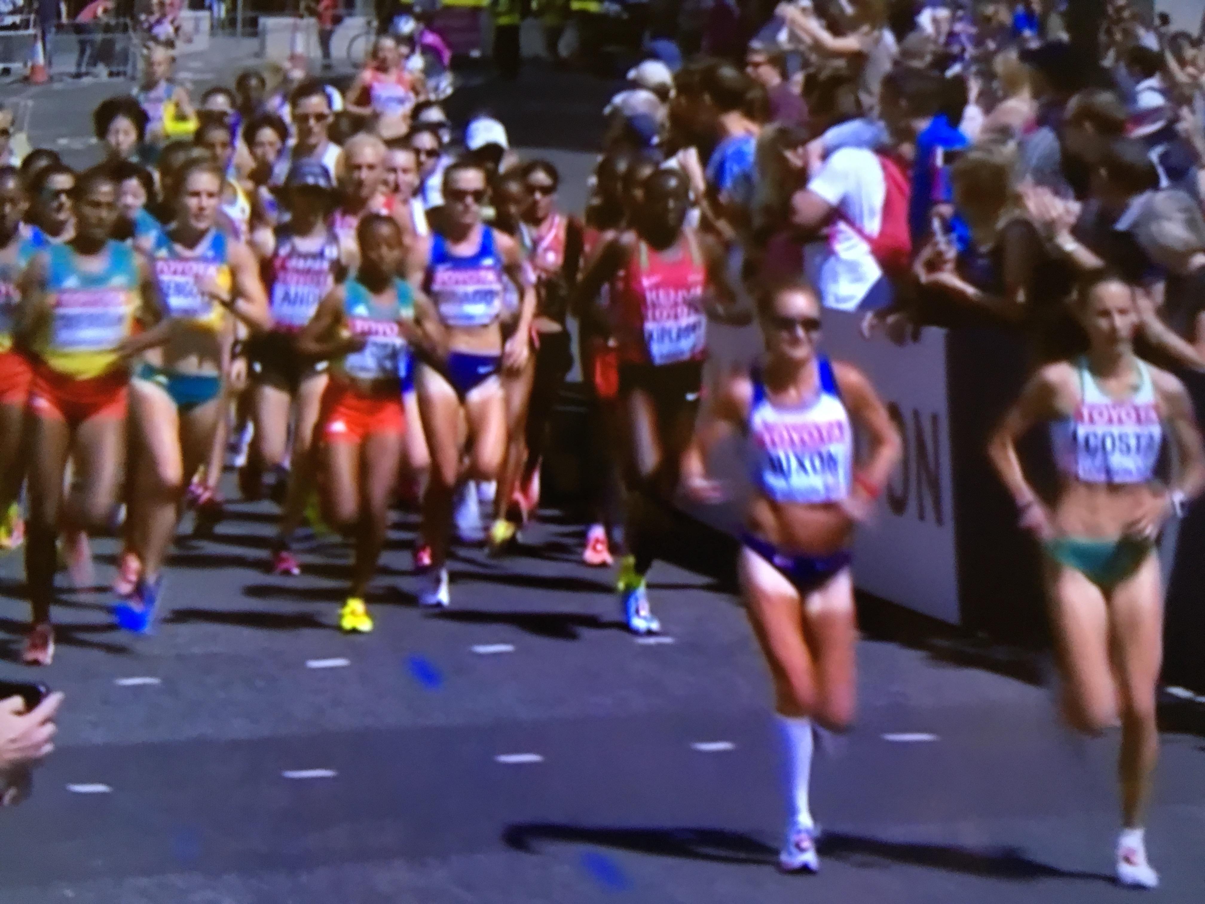 世界 陸上 女子 マラソン