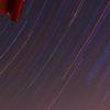 カメラのタイムラプス機能で、星の日周運動の撮影を再挑戦したのだ。そして…