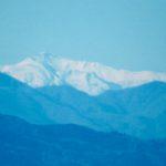東京都庁の45階展望台から撮った、富士山の写真をそれぞれのズームで…