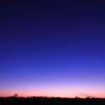 広大な畑の前で、夕暮れと富士山を撮ったのだ…(その2)
