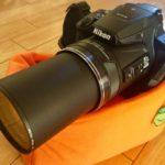 一年前のこの日、ニコン P900を使い始めた。これは本当に撮影が楽しめるカメラだな。それと、本日のねこの状態も…