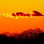 寒中のある日、いつもの場所で、赤い夕陽と富士山を撮ったのだ…