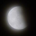 号外(!?) 今夜の月食の写真をば。天気があまり良くなかったのだけれども…